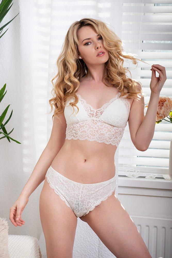 Adrian Crook fashion photographer image white lingerie DSC_3006