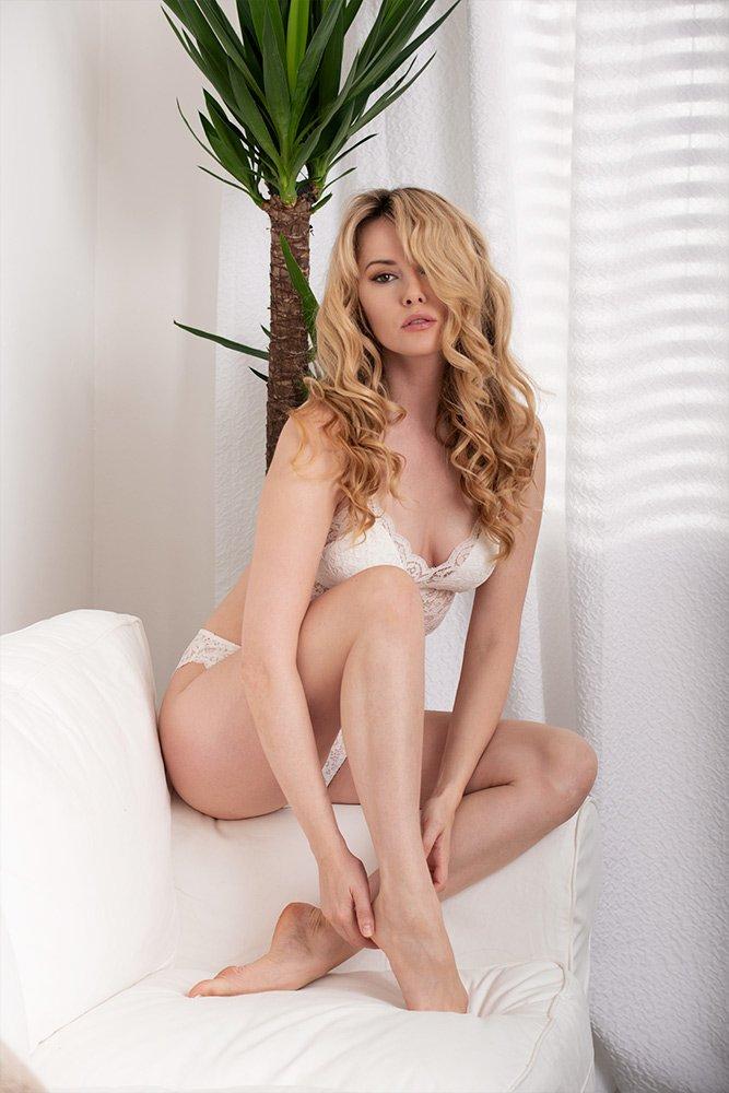 Adrian Crook fashion photographer white lingerie DSC_3030