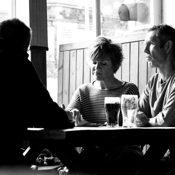 Adrian Crook Street Photography Swindon Pub DSCF4313